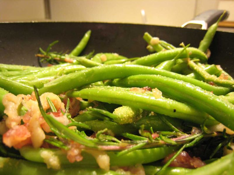 Christmas-Green-Beans-with-Pancetta